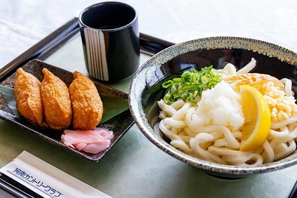 ぶっかけうどん定食(いなり寿司付)